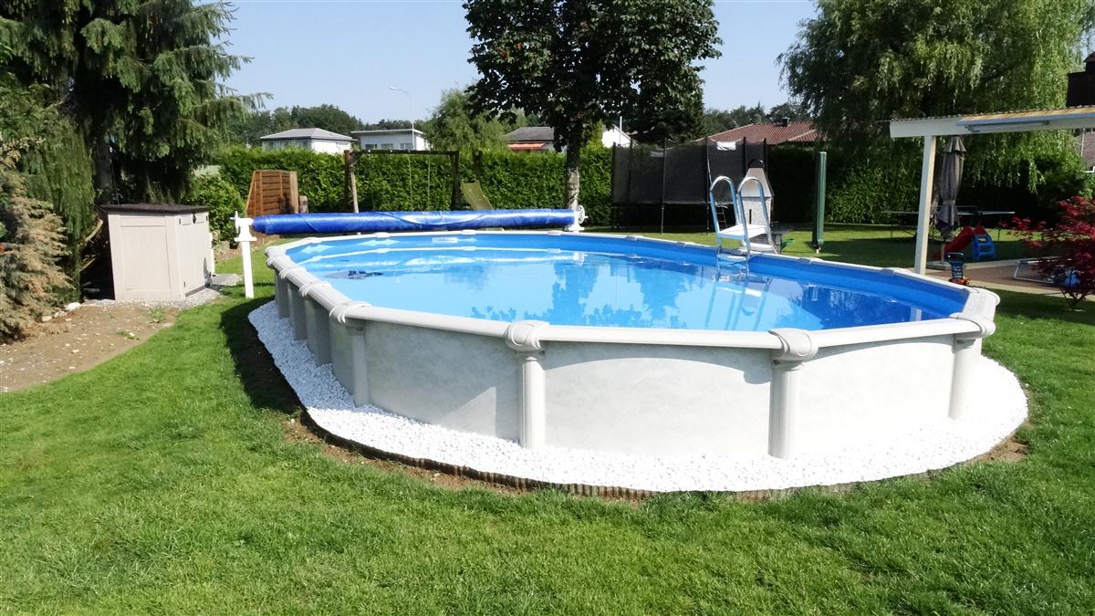 Ovalpool freistehend awesome ferienzeit sind die beste um for Pool rund teileinbau